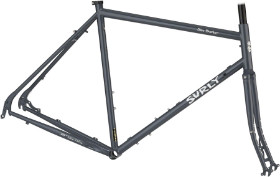 SURLY  Disc Trucker Frameset 700c